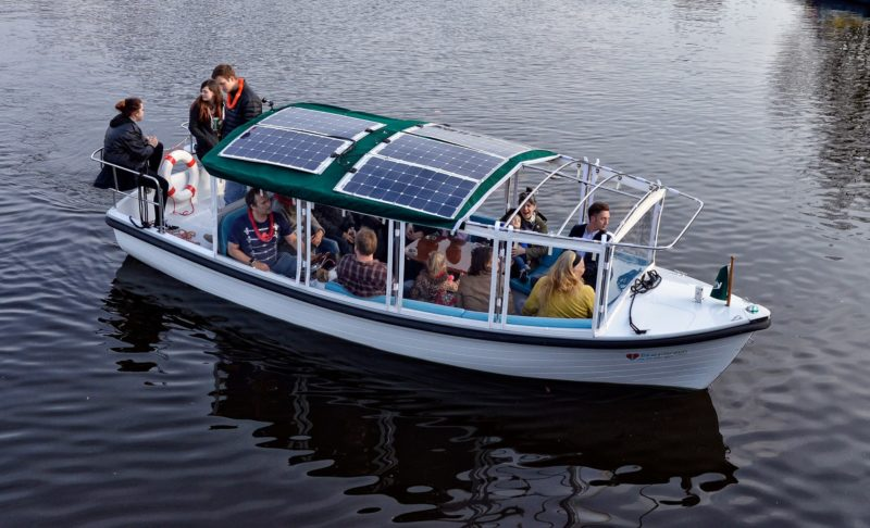 Positive Travel Guide - Amsterdam, Solar Powered Boat