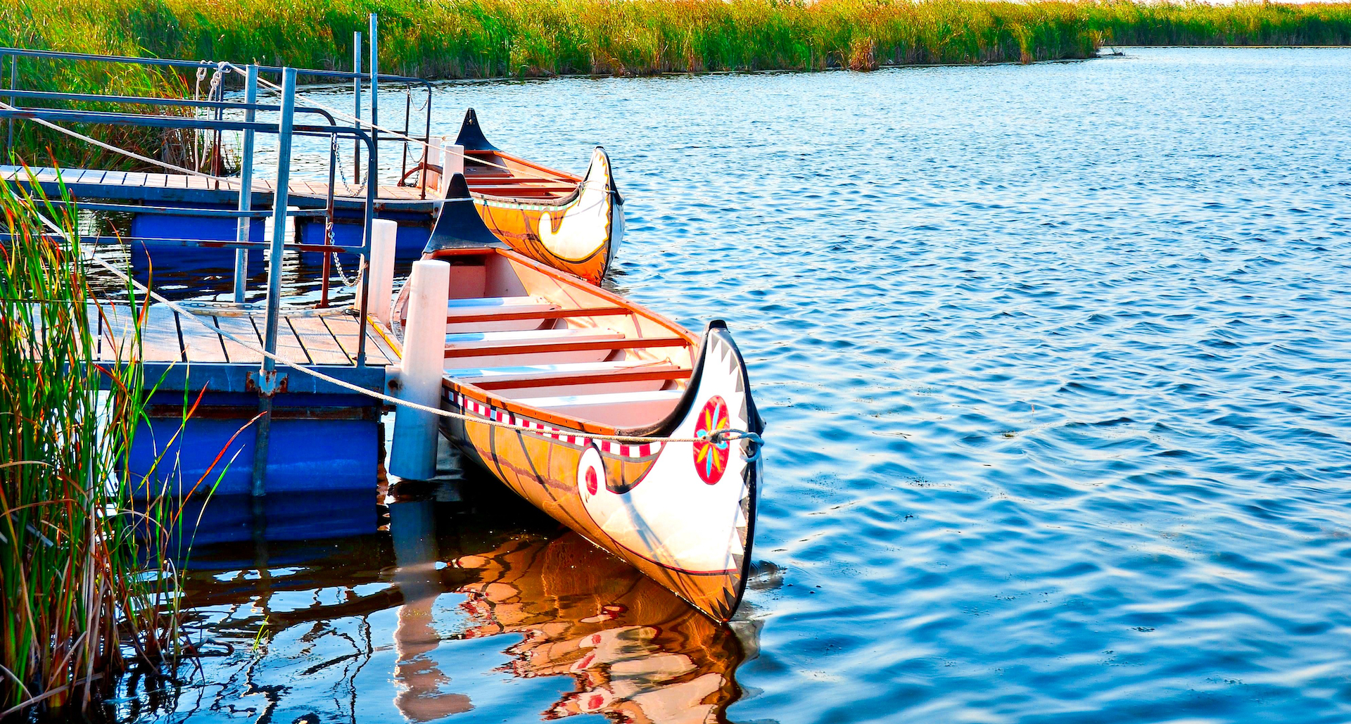 5 Canva wooden indian canoe