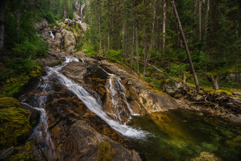 Positive Travel Guide BC Silver Tip Falls, Wells Gray Provincial Park, North Thompson, near Clearwater, British Columbia, Canada