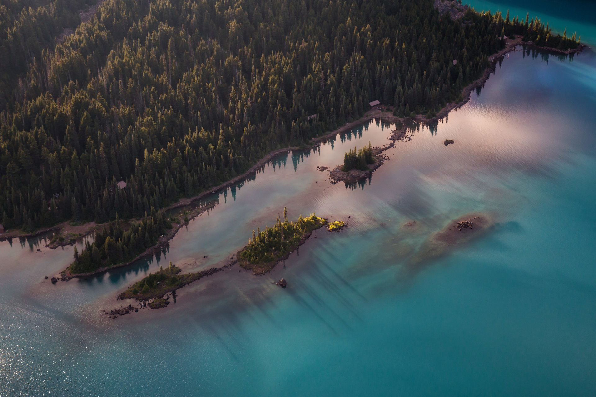 Canva Garibaldi Lake