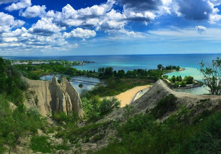beautiful-views-in-scarborough-bluffs-on-ca_t20_OxRJYb